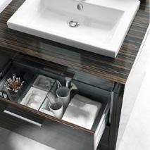 gut aufger umt mit duravit sinnvolles innenleben f r schubladen pop up my bathroom. Black Bedroom Furniture Sets. Home Design Ideas