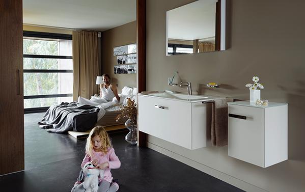 badezimmer mit sofa pop up my bathroom. Black Bedroom Furniture Sets. Home Design Ideas